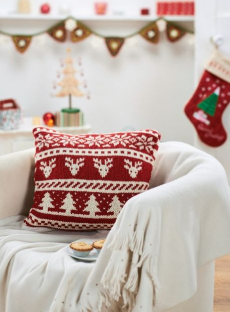 Scandi Christmas Cushion Free Knitting Pattern Knitting Bee