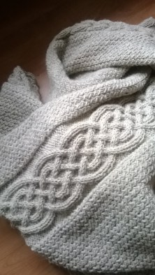 The Ragnar Blanket - Free Cable Blanket Knitting Pattern