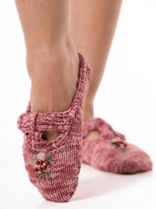 free knittin gpattern slippers