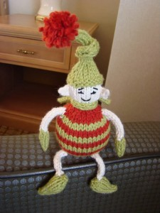 tiny-elf-knit-pattern-225x300