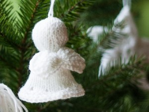 tree Angel a free Christmas ornament knitting pattern