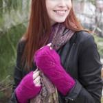 Three Leaf Mitts - Free Knitting Pattern