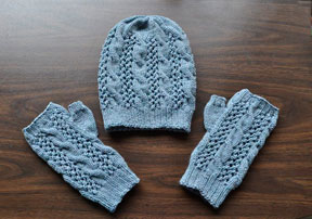 lace and cable mitt pattern 1