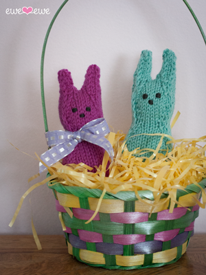 Over 50 free easter knitting patterns knitting bee meet the hoppers free knitting pattern negle Gallery