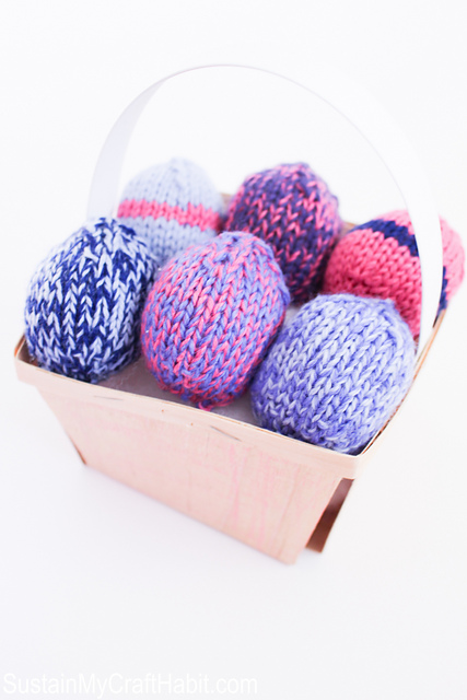 Uncrackable Knitted Easter Eggs Free Pattern