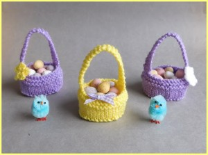 free little knitted easter gee basket
