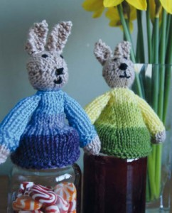 Bunny-Jar-Toppers---Free-Easter-Knitting-Pattern