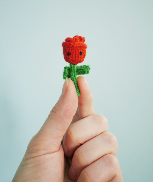 Tiny Rose Free Knitting Pattern