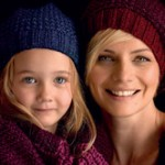 PATONS ZHIVAGO Hat in 2 Styles Free Knitting Pattern