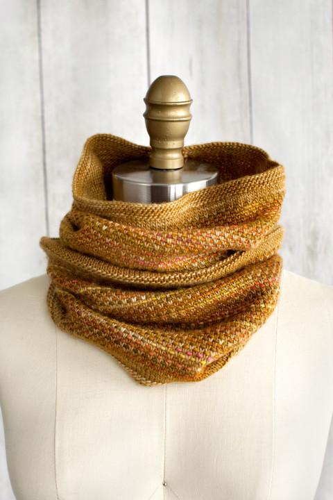 Tejido Cowl Free Knitting Pattern