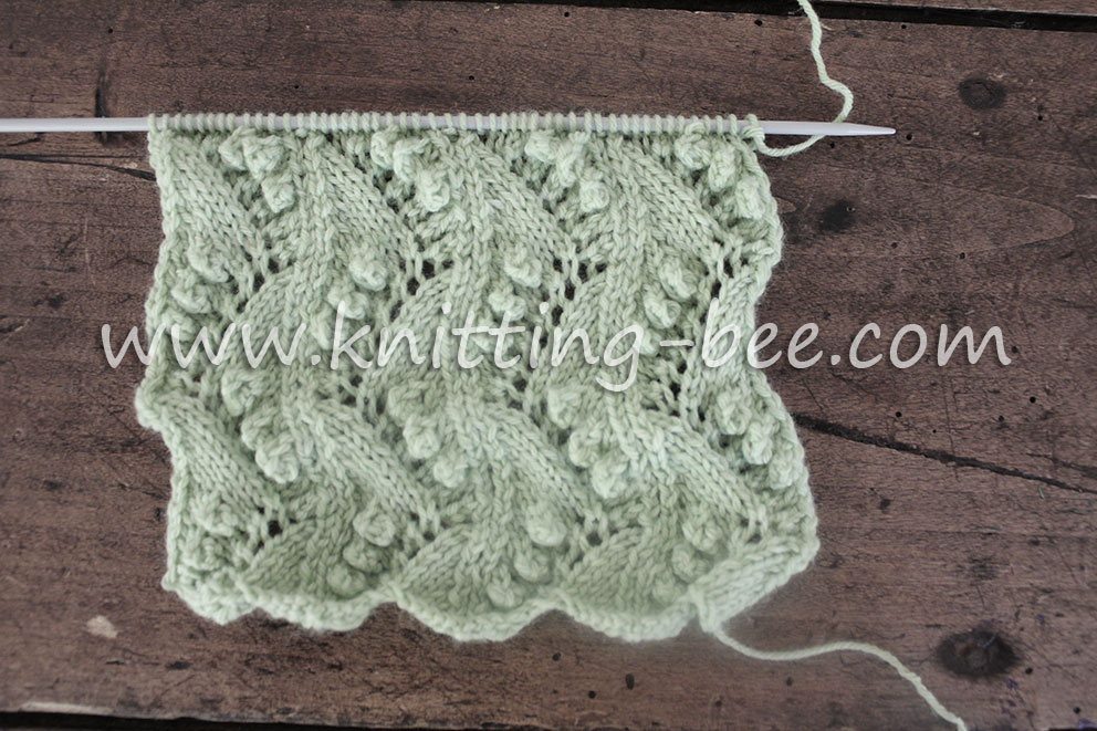 Lace Vertical Zig Zag with Bobbles Free Knitting Stitch ⋆ Knitting Bee e72f59e6d3