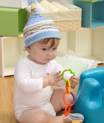 Baby Hat & Booties Set Free Knitting Pattern
