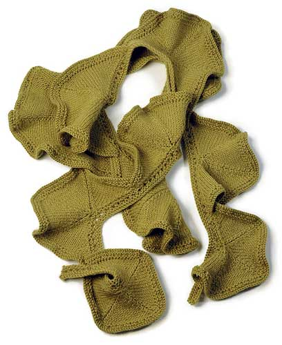 Laure Ruffled Scarf Knitting Pattern