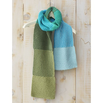 Shifting Colors Free Beginner Scarf Knit Pattern
