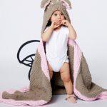 Bernat Oh Deer Blanket free knitting pattern