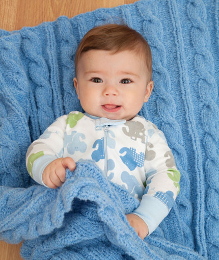 cabled-baby-blanket-free-knitting-pattern