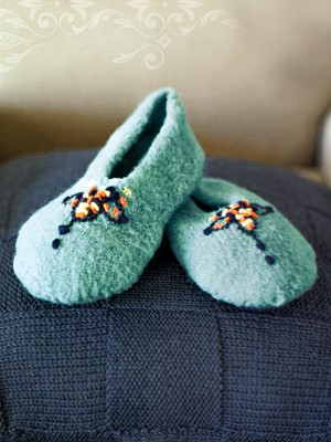 Classic Felted Persian Slippers Free Knitting Pattern