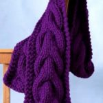 Jumbo cable scarf free knitting pattern