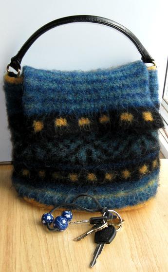 kachina-free-felted-bag-knitting-project