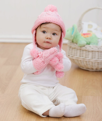 Knit Baby Set Cap and Mitts