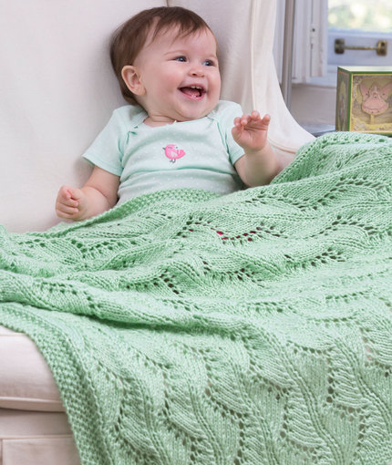 lace-chevrons-baby-blanket