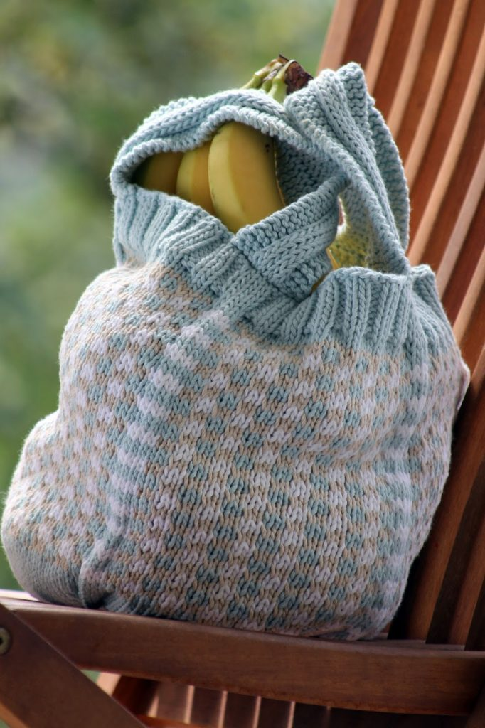 Little Check Market Bag Free Knitting Pattern