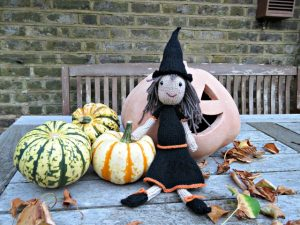 free-witch-doll-knitting-pattern