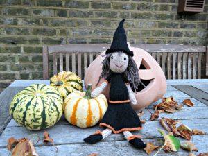 free-witch-doll-knitting-pattern