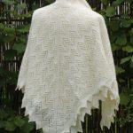 Elisabeth - a beautiful square shawl