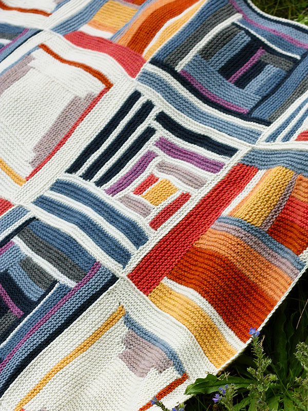 log-cabin-free-pattern-blanket-with-squares-1