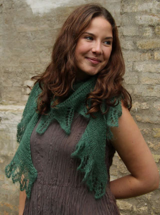 palm-leaf-edge-shawl-free-knit-pattern