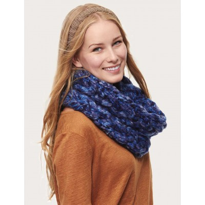Cable Cowl Free Intermediate Women's Knit Pattern