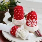 Intarsia Christmas egg warmers and Christmas serviette ring