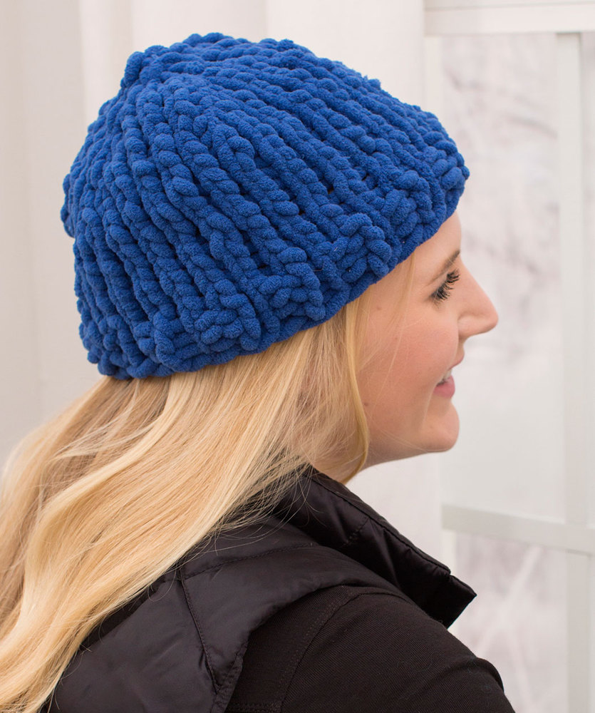 Easy Peasy Bulky Hat Free Knitting Pattern ⋆ Knitting Bee