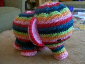 free elephant toy knitting pattern