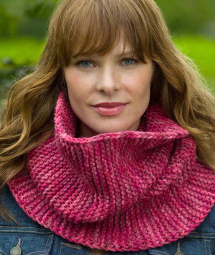 garter-stitch-cowl-free-knitting-pattern