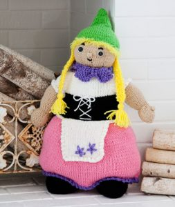 gnora-the-gnome-free-toy-knitting-pattern