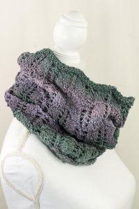 Triste Cowl Free Knitting Pattern