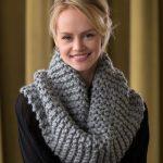 Voluminous Cowl Free Knitting Pattern
