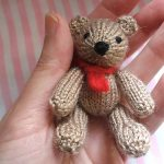 Knitted Twin Bears: Bill And Ben Free Knitting Pattern