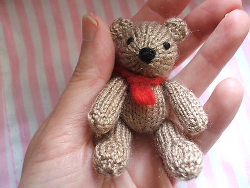 Knitted Twin Bears Bill And Ben Free Knitting Pattern Knitting Bee
