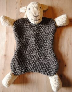 Herdy Hot Water Bottle Cover free knitting pattern