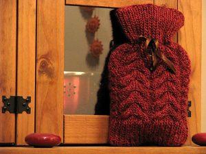 Horse Shoe Hottie free water bottle knitting pattern