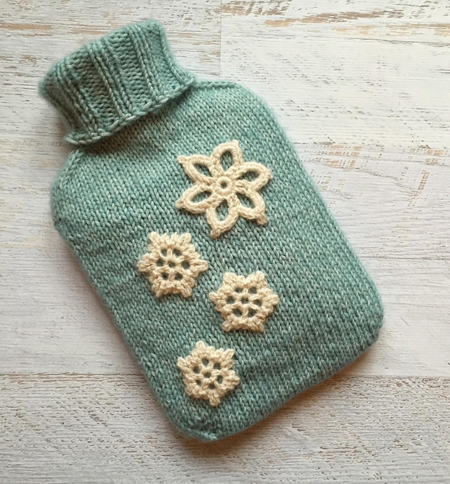 25 Knitting Pattern Hot Water Bottle Cover ⋆ Knitting Bee