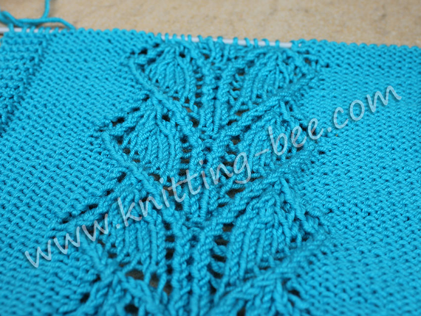 Lace Heart Shaped Panel Free Knitting Stitch https://www.knitting-bee.com/