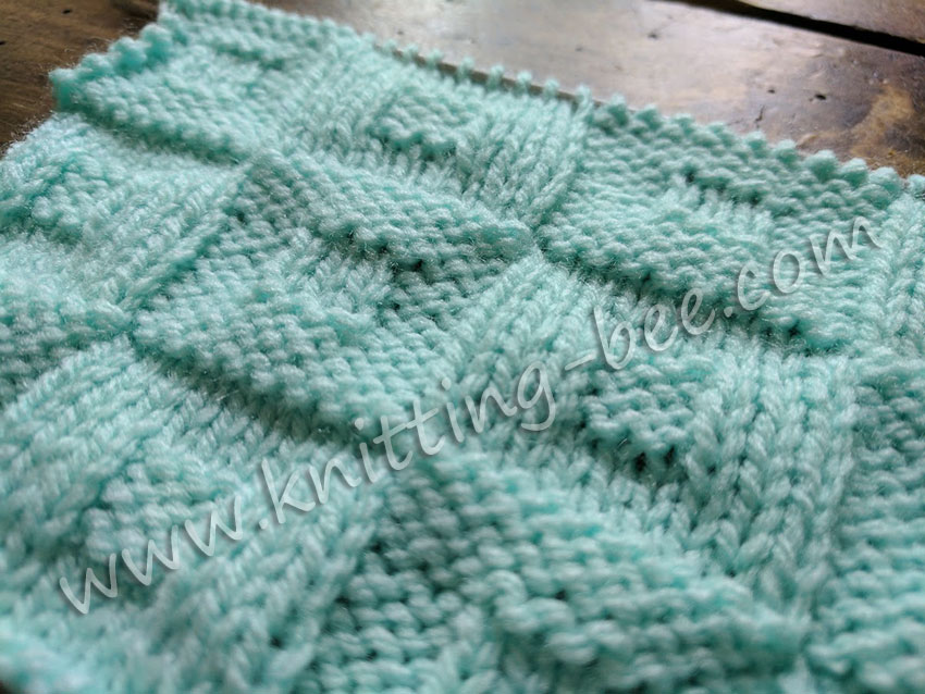 Square in a Square Checkerboard Knitting Stitch https://www.knitting-bee.com/