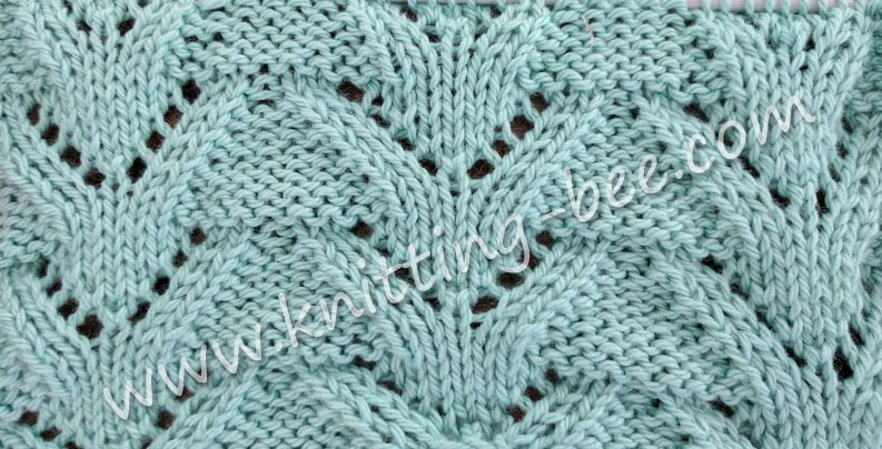 Triangular Columns Free Lace Knitting Stitch by https://www.knitting-bee.com/