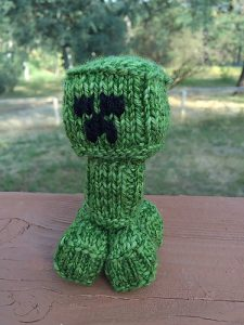 creeper free knitting pattern