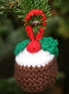 free Christmas pudding knitting pattern oranment