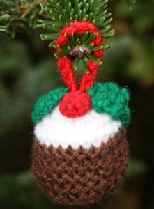 free Christmas pudding knitting pattern oranment